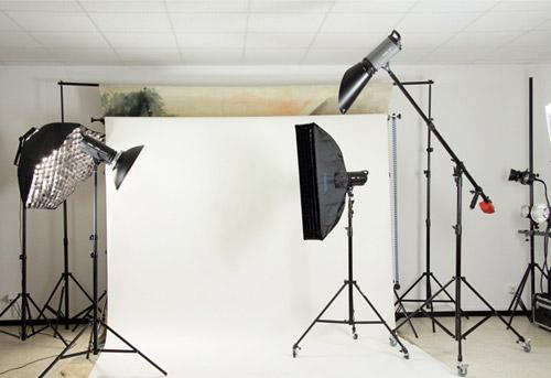 Fotostudio-Beleuchtung mit Studioleuchten von METTLE und NANGUANG